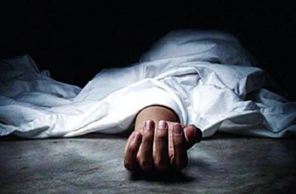 कोरोनाने मृत्यू, न पाहताच तातडीने मृतदेह दफन, महिला पुन्हा महिनाभराने घरी