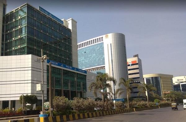 महाराष्ट्र दिनी राज्याला धक्का, आंतरराष्ट्रीय आर्थिक सेवा केंद्राचं मुख्यालय गुजरातमध्ये