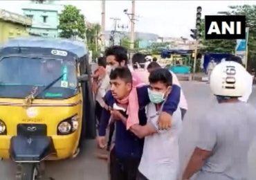 Visakhapatnam Gas leak : विशाखापट्टणममध्ये वायूगळती, चिमुरड्यासह पाच जण दगावले, 100 जण रुग्णालयात