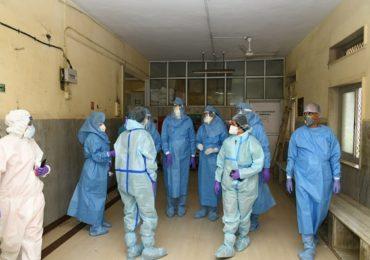 PHOTO : मुंबई पालिका आयुक्त पीपीई किट घालून नायर रुग्णालयात, रुग्णांची विचारपूस