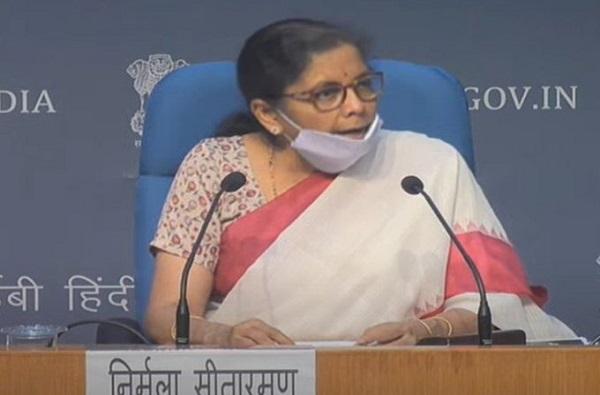 Aatma Nirbhar Bharat Package : शेती, दुग्धव्यवसाय, फळ उद्योगांसह कृषी क्षेत्रासाठी अर्थमंत्र्यांच्या मोठ्या घोषणा