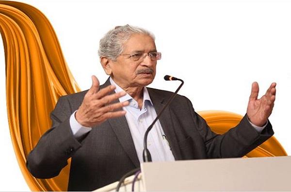 सुरतमध्ये मजुरांच्या असंतोषाचा भडका, भाजपने गुजरातच्या मुख्यमंत्र्यांना सल्ला द्यावा : सुभाष देसाई