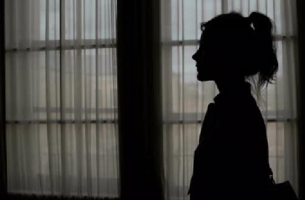 कुटुंबीय क्वारंटाईन, कोल्हापुरात कोरोनाग्रस्त बालिकेला महिला तहसीलदाराकडून मायेची ऊब