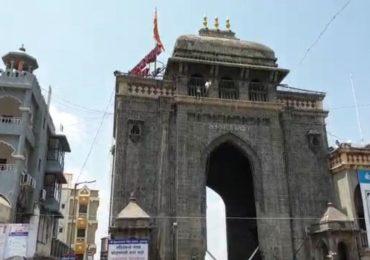 तुळजापूर शहर प्रवेशबंदीचे तीनतेरा! मंदिर परिसरात भाविकांची मोठी गर्दी