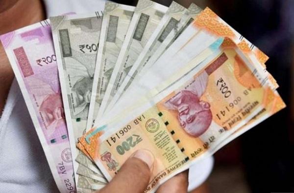 पैशांमार्फत कोरोनाचा संसर्ग होतो का? 'कॅट'चं केंद्रीय आरोग्य मंत्र्यांना पत्र
