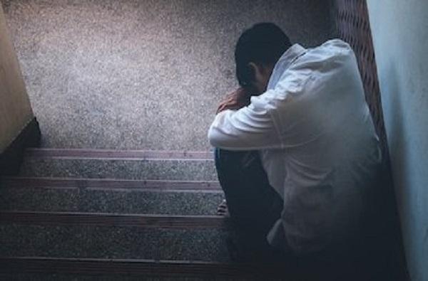 Depression | नैराश्य म्हणजे नेमकं काय? नैराश्याने आत्महत्येचा विचार का येतो?
