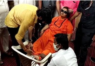 Pragya Thakur | खासदार प्रज्ञा सिंह ठाकूर यांना भर कार्यक्रमात भोवळ