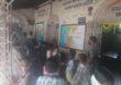 Panvel Corona | मुलांना शाळेत बोलावून पुस्तक वाटप, सोशल डिस्टन्सिंगचे तीन तेरा, पनवेल महापालिकेच्या शाळेतील प्रकार
