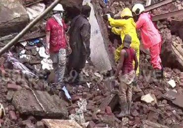 Bhanushali Building Collapse | भानुशाली इमारत दुर्घटनेतील मृतांच्या कुटुंबियांना प्रत्येकी 4 लाखांची मदत, पालकमंत्री अस्लम शेख यांची माहिती