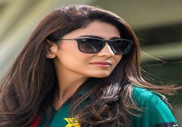 Kainat Imtiaz | विराटवर फिदा पाकिस्तानच्या सौंदर्यवती क्रिकेटपटूचा साखरपुडा