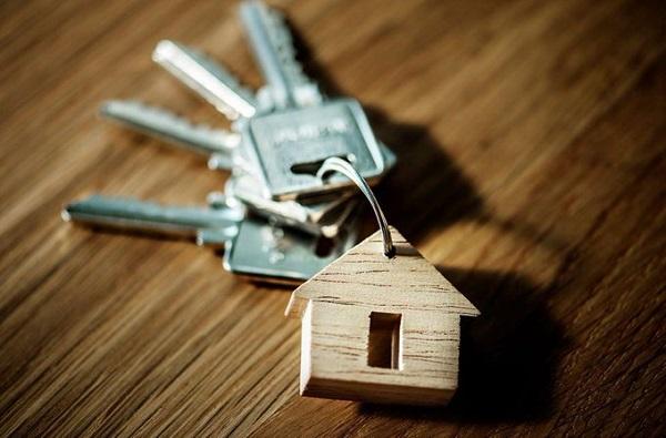 मुंबईत अवघ्या 30 लाखात घर, ठाकरे सरकारची योजना, ऑक्टोबरमध्ये भूमीपूजन?