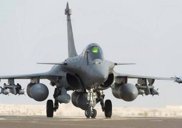 भारतीय वायू सेनेची ताकद अजून वाढणार!, आज ३ 'राफेल' विमान भारतात दाखल होणार