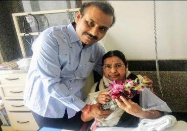 Rajesh Tope Mother Died | कोरोना वॉरियर पोरका झाला! आरोग्यमंत्री राजेश टोपे यांना मातृशोक