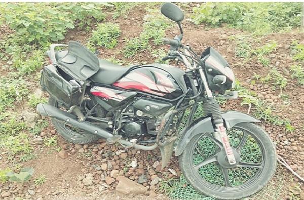 भाडेकरु आणि घरमालकाच्या पत्नीचा मृतदेह सापडला, अहमदनगरमध्ये खळबळ