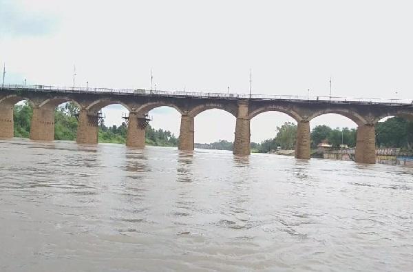 Sangli Rain   सांगलीत पावसाचा जोर ओसरला, कृष्णा नदीची पाणी पातळीही घटली