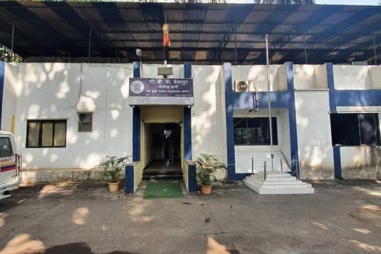 नवी मुंबईत 'सिडको' विकास अधिकाऱ्याला काळे फासले, सहा पदाधिकाऱ्यांवर अखेर गुन्हा