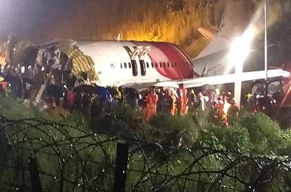 Kerala Plane Crash : केरळ विमान दुर्घटना, बचाव कार्यातील 22 जणांना कोरोनाची लागण