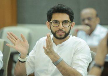 'घाबरुन जाऊ नका', मुंबईतील संचारबंदीच्या आदेशाबाबत आदित्य ठाकरेंचं स्पष्टीकरण