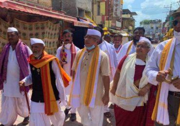 विठ्ठल मंदिर प्रवेश प्रकरणी प्रकाश आंबेडकरांसह 1200 जणांवर गुन्हे दाखल
