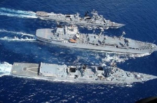 चिनी विमानाचा सर्वनाश, दक्षिण चीन समुद्रात अमेरिकन युद्धनौकांना हायअलर्ट