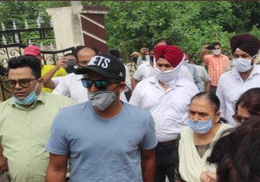 सुरेश रैनाच्या काका-भावाच्या हत्या प्रकरणाचा उलगडा, तिघे आरोपी पंजाब पोलिसांच्या अटकेत