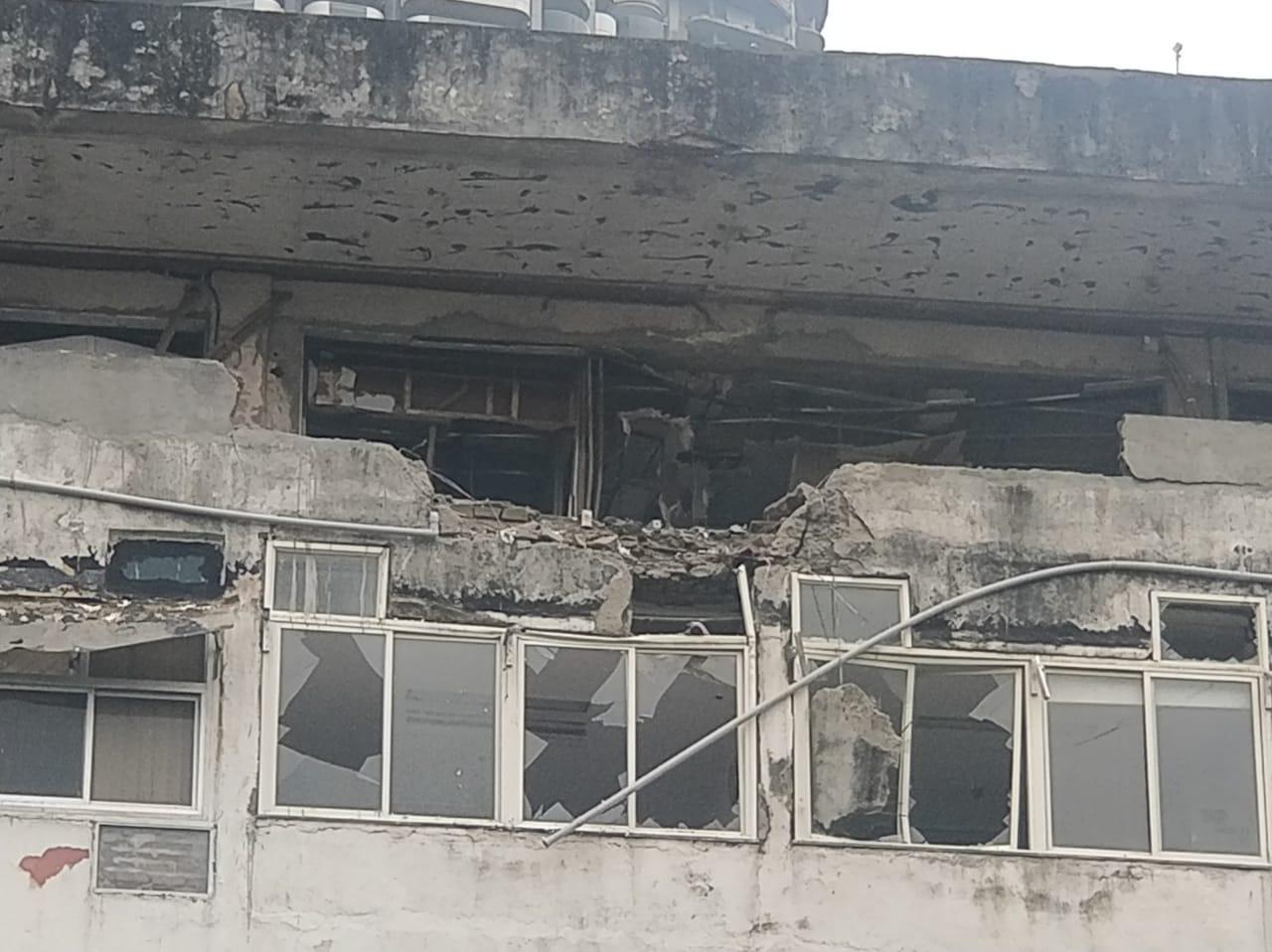 मुंबईत जुन्या पासपोर्ट ऑफिसच्या इमारतीत स्फोट