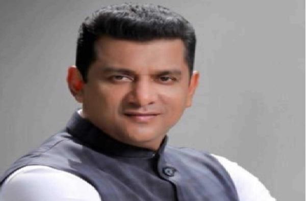 Thackeray Mahavikas Aghadi Cabinet Minister Corona Aslam Shaikh