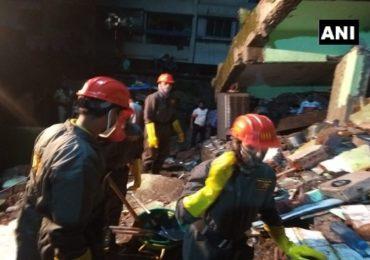 भिवंडीत तीन मजली इमारत कोसळली, 8 जणांचा मृत्यू, अनेक लोक ढिगाऱ्याखाली अडकल्याची भीती