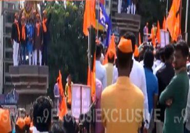Maratha Reservation Agitation Live | खासदार जयसिद्धेश्वर स्वामी यांच्या मठाबाहेर आंदोलन
