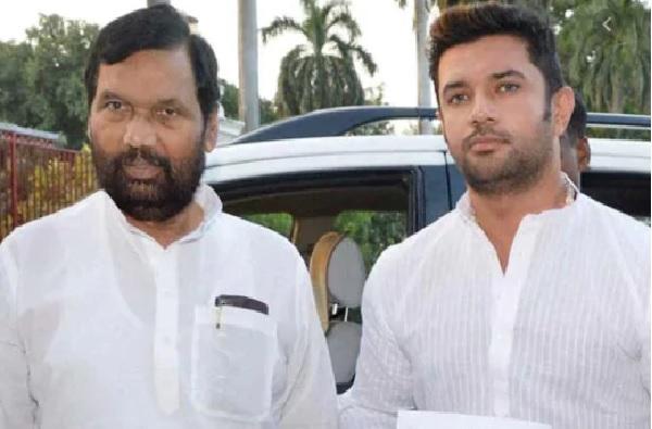 केंद्रीय मंत्री रामविलास पासवान आयसीयूमध्ये, पुत्र चिराग पासवान यांचे भावनिक पत्र