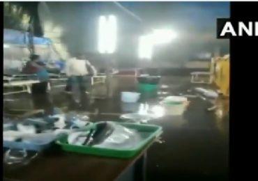Mumbai Rains | नायर हॉस्पिटलमध्ये गुडघाभर पाणी, ओपीडीत पाणी शिरल्याने दाणादाण