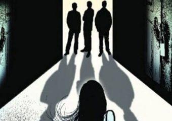 उत्तर प्रदेशात 20 वर्षीय मुलीवर सामूहिक बलात्कार, उपचारादरम्यान मृत्यू