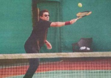 Raj Thackeray Tennis   टेनिसचा आनंद लुटताना 'राज'स मुद्रा, राज ठाकरेंचा नवा फिटनेस फंडा