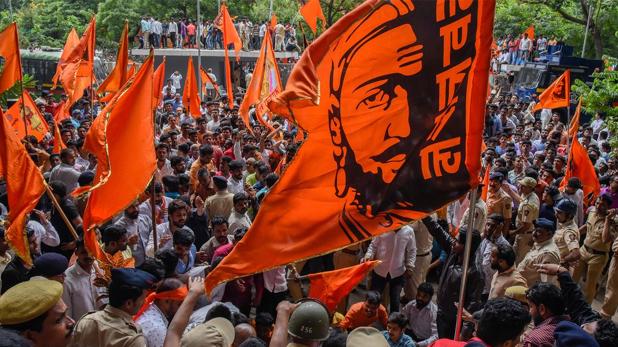 Maratha kranti morcha Mashal march at CM Uddhav Thackeray residence Matoshree