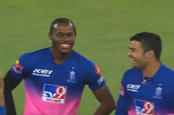 ipl 2020 jofra archer perform Assamese bihu dance with riyan parag