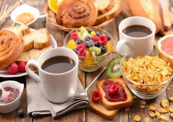 Food | 'या' पदार्थांना दूर ठेवा आणि हिवाळ्याच्या काळात सर्दी-खोकल्यापासून सुरक्षित राहा!