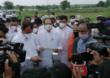 CM Uddhav Thackeray Solapur Visit Live |  मुख्यमंत्र्यांकडून शेतकऱ्यांना मदतीचे चेक वाटप