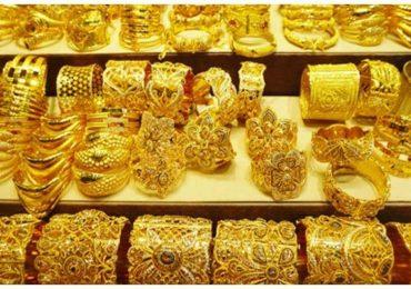 धनत्रयोदशीला देशात तब्बल 40 टन सोन्याची विक्री, 20 हजार कोटी रुपयांची उलाढाल