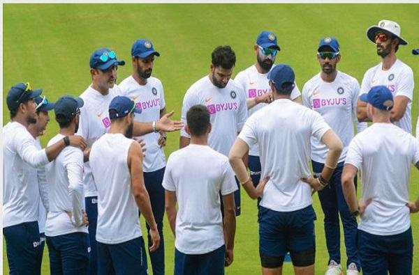 ऑस्ट्रेलिया दौऱ्यासाठी टीम इंडियाची लवकरच घोषणा, पाचवा जलदगती गोलंदाज ठरतोय डोकेदुखी