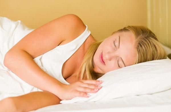 Health Food   शांत झोप मिळवण्यासाठी आहारात 'या' घटकांचा समावेश आवश्यक!
