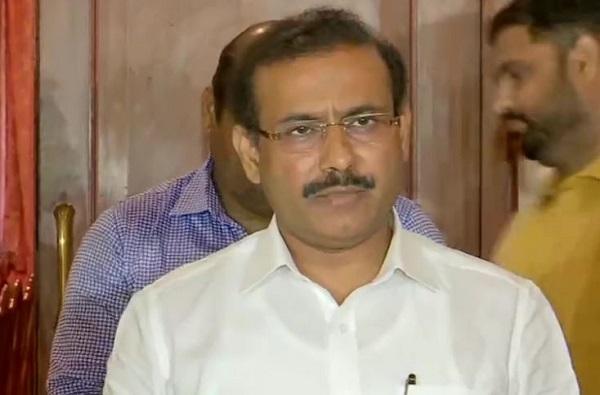 देशाच्या तुलनेत आपला ग्रोथ रेट कमी, महाराष्ट्र सेफ झोनमध्ये; आता दिवसाला 90 हजार टेस्टचे लक्ष्य : राजेश टोपे