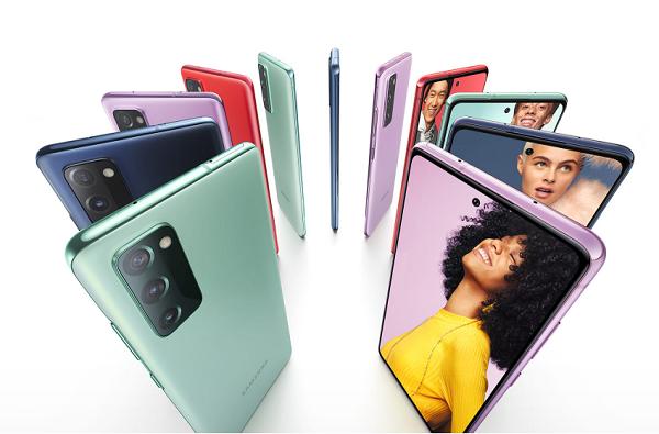 सणासुदीच्या मुहूर्तावर 'हे' पाच किफायतशीर स्मार्टफोन लाँच, जाणून घ्या किंमती आणि फिचर्स
