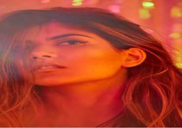 Ananya Birla | अनन्या बिर्लाचे अमेरिकन रेस्टॉरंटवर गंभीर आरोप