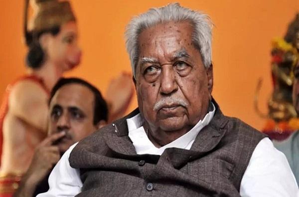 Keshubhai Patel   गुजरातचे माजी मुख्यमंत्री केशुभाई पटेल यांचे निधन