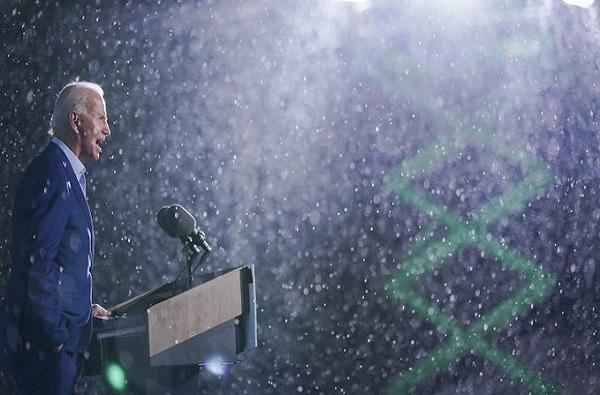 joe Biden rally in rain