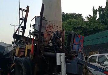 मुंबईत मेट्रो क्रेनचा भीषण अपघात, क्रेन अंगावर पडून महिलेचा मृत्यू