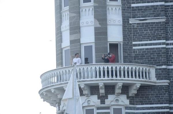 Kajal Aggarwal Wedding | लग्नाआधी मुंबईतील ताज हॉटेलमध्ये गौतम किचलूचा फोटोशूट, फोटो व्हायरल