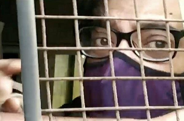 Arnab Goswami Being Taken To Taloja Jail