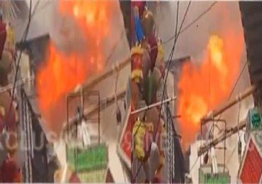 मुंबईत क्रॉफर्ड मार्केटजवळ इमारतीला आग, चार दुकानं जळून खाक, सुदैवाने जीवितहानी नाही