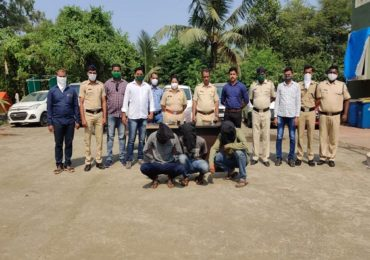 वसई-विरार-नालासोपारा, ठाणे, मुंबईतील वाहन चोरणारी टोळी गजाआड, 13 लाखांच्या गाड्या जप्त